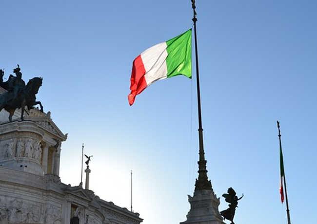 Mamma Mia! Włoski rząd rozdaje pieniądze.