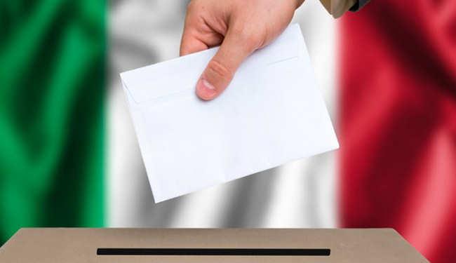 Połowa Włochów poparła populistów. Co dalej?