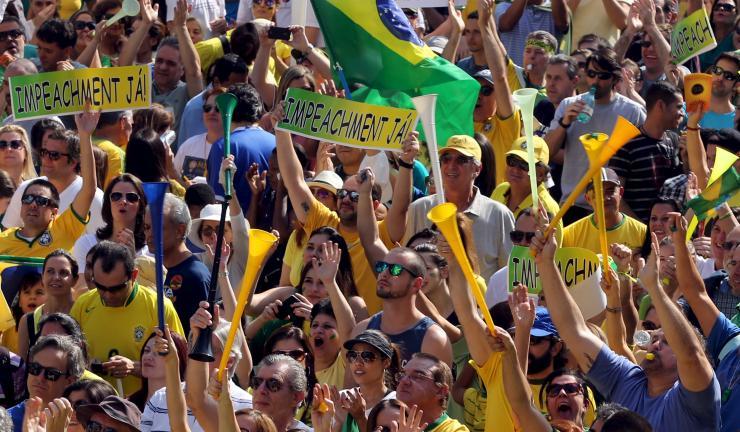 Brazylia na politycznym i gospodarczym zakręcie.