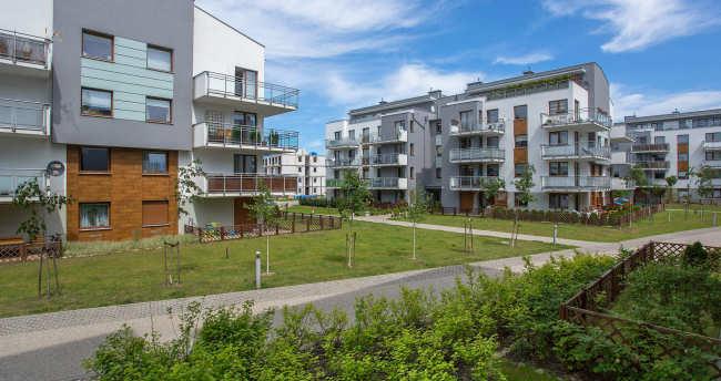 Kredyty mieszkaniowe zaciągane przez więcej niż jednego kredytobiorcę są lepiej spłacane