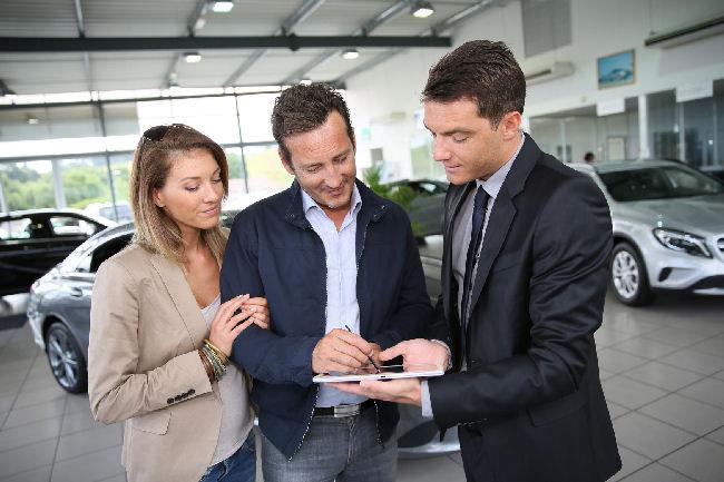 Praca dla sprzedawców samochodów