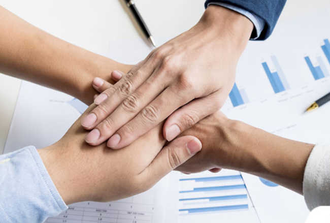 Jak wytyczyć wspólną kulturę organizacją, gdy łączą się dwie firmy?