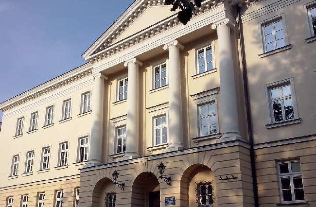 Szklany sufit polskich uczelni: niezłe w Europie Środkowo-Wschodniej, słabe na świecie