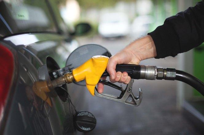 Zawyżone ceny paliw w Polsce. Możemy to zmienić.