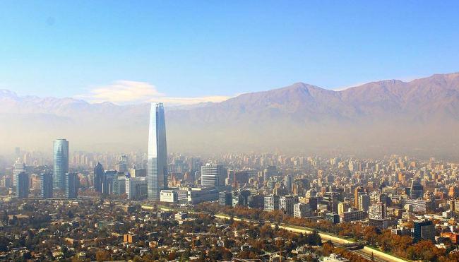 Choć w Chile wrze, kraj pokona kryzys.