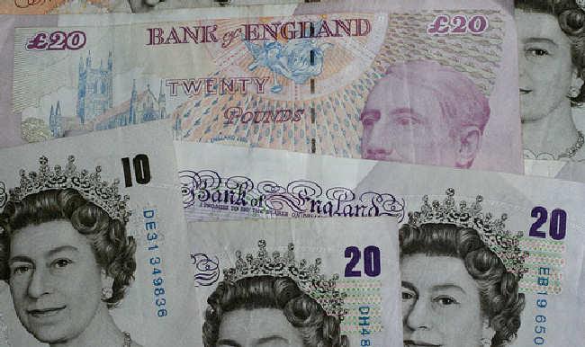 Funt nie boi się brexitu, jest najdroższy od 2 lat